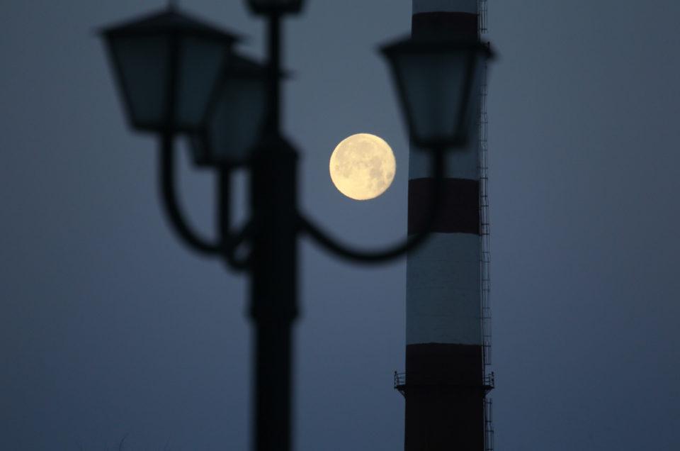 Hoe fotografeer je de maan: de instellingen